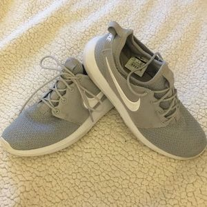 Nike Trainers in Grey